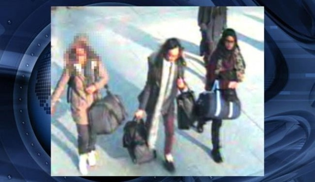Missing schoolgirls: Police appeal for three London teenagers feared to have travelled to Syria to join ISIS